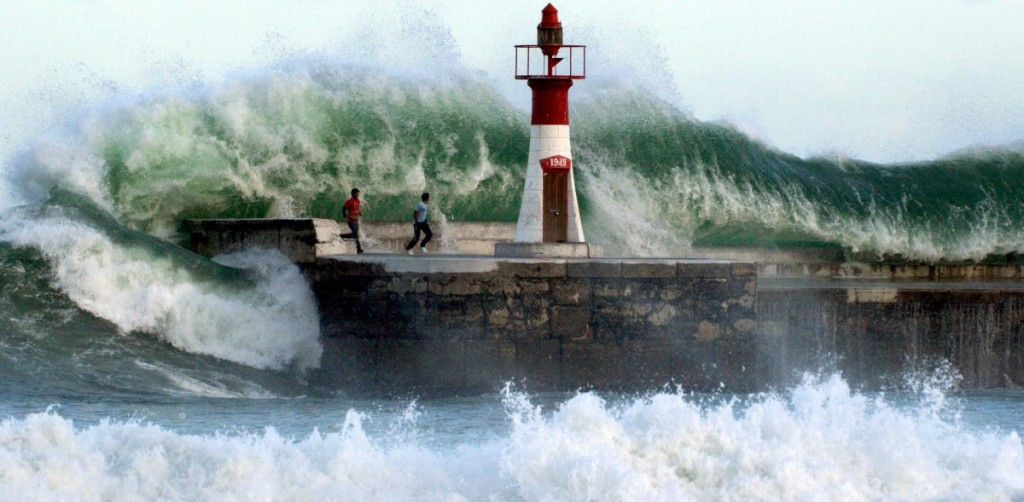 giant waves crashing Cape Town Kalk Bay