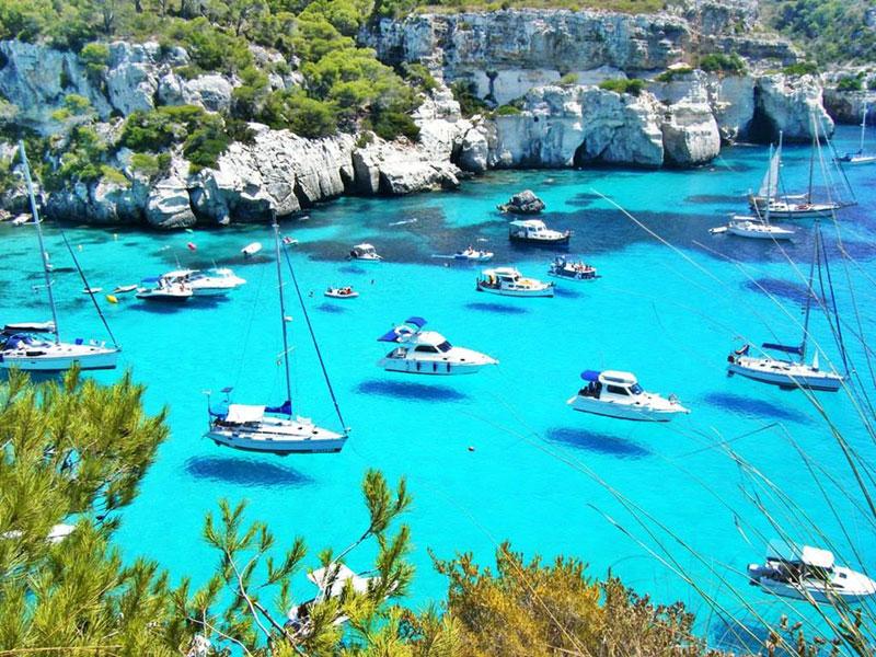 menorca spain hover boats