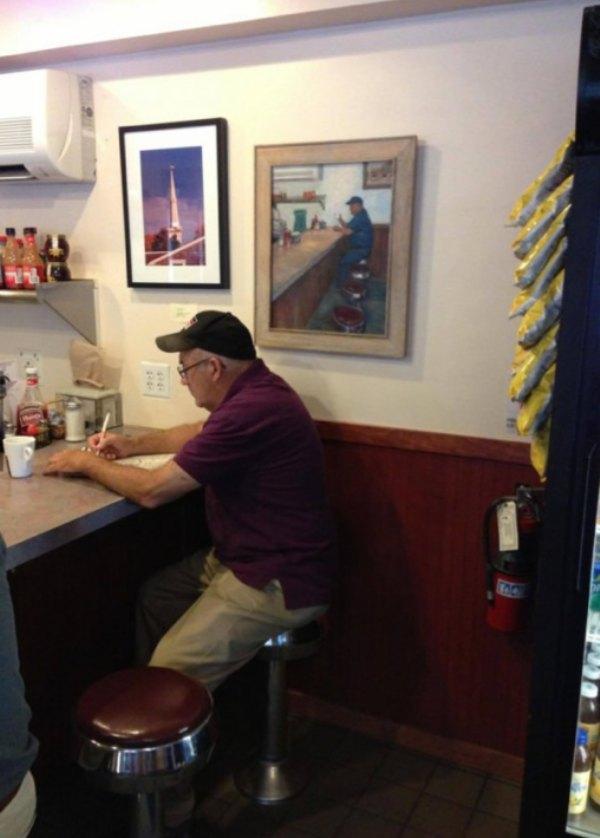 restaurant seat picture frame customer tbb
