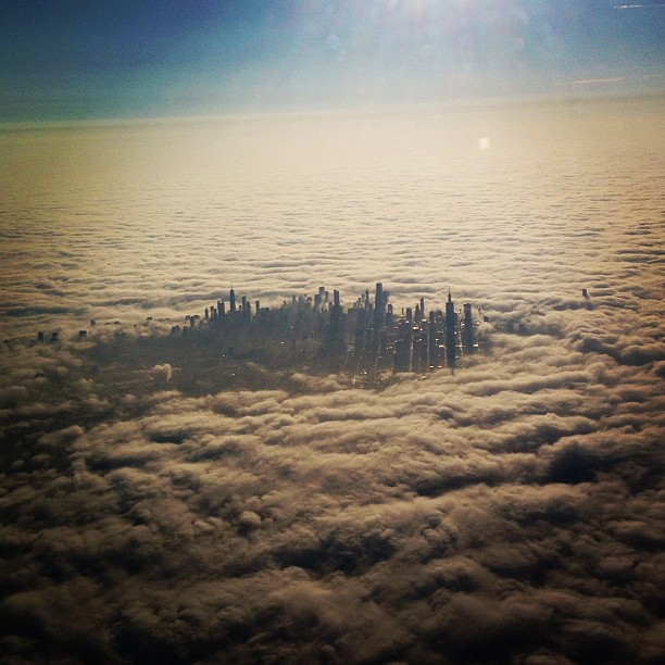cloud city chicago cloudy skyline travel tbb