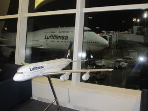 lufthansa frankfurt airplane nyc jfk airport
