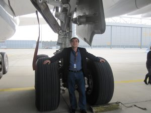 a380 airplane tires landing gear