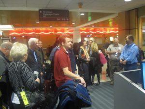 seattle airport charter flight continental